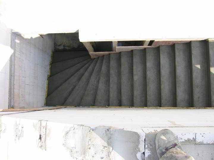 gerade treppe im wohnzimmer schone treppe glas schone treppe glas schone treppen gerade dream. Black Bedroom Furniture Sets. Home Design Ideas